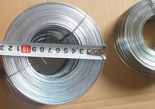 Flat Steel Cable : Galvanized and copper coated flat wire used as stitching