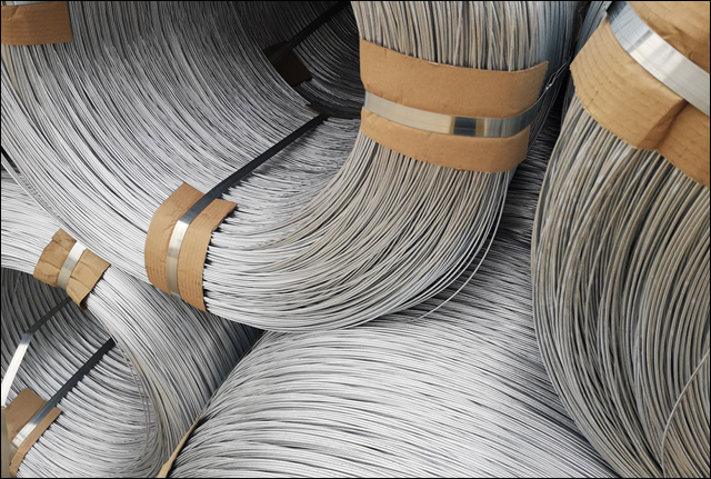 Large coil iron wire for auto tying